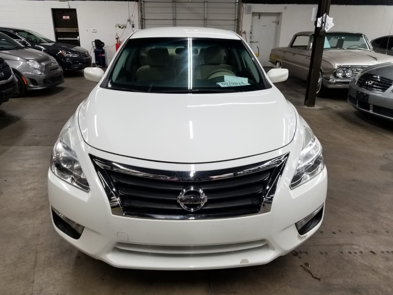 Nissan Altima 2015 price $8,499 Cash