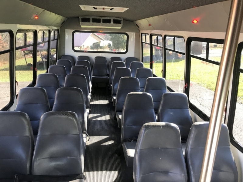 FORD E450 BUS 2013 price $9,999