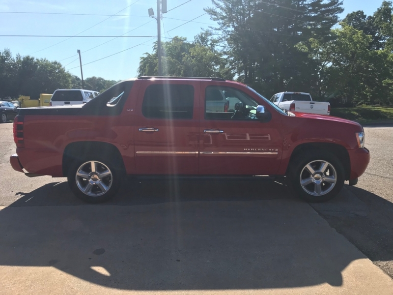 CHEVROLET AVALANCHE 2009 price $13,499