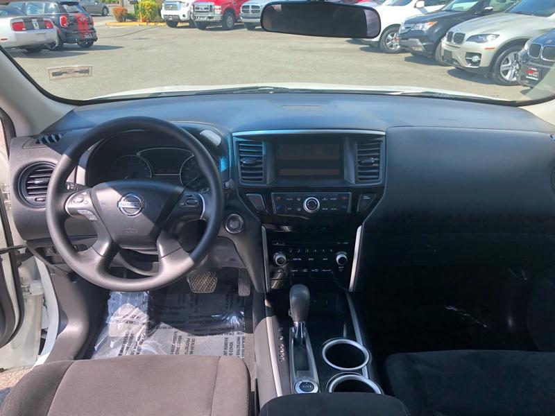 Nissan Pathfinder 2014 price $11,550