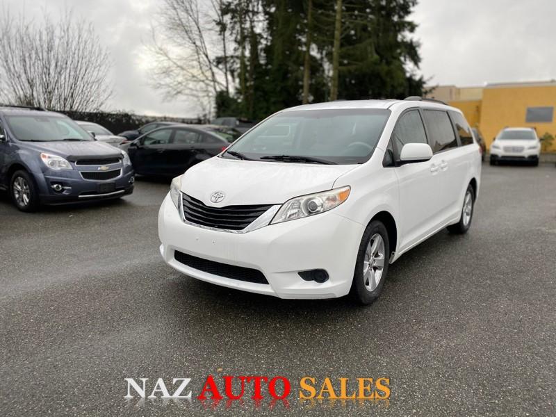 Toyota Sienna 2011 price $9,950