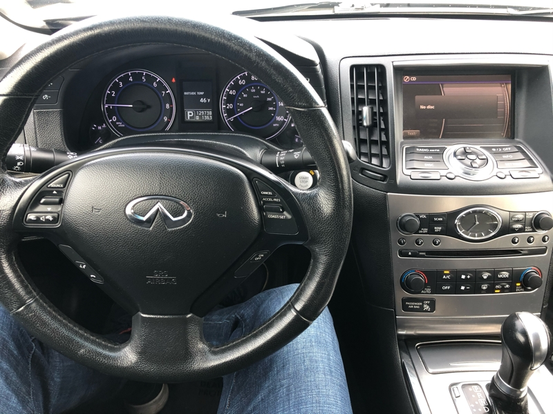Infiniti G37 Sedan 2011 price $7,950