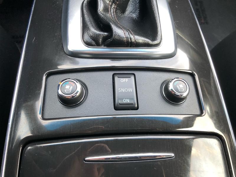Infiniti FX35 2011 price $15,550