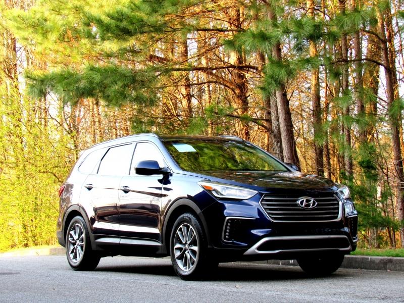 Hyundai Santa Fe 2017 price $13,707