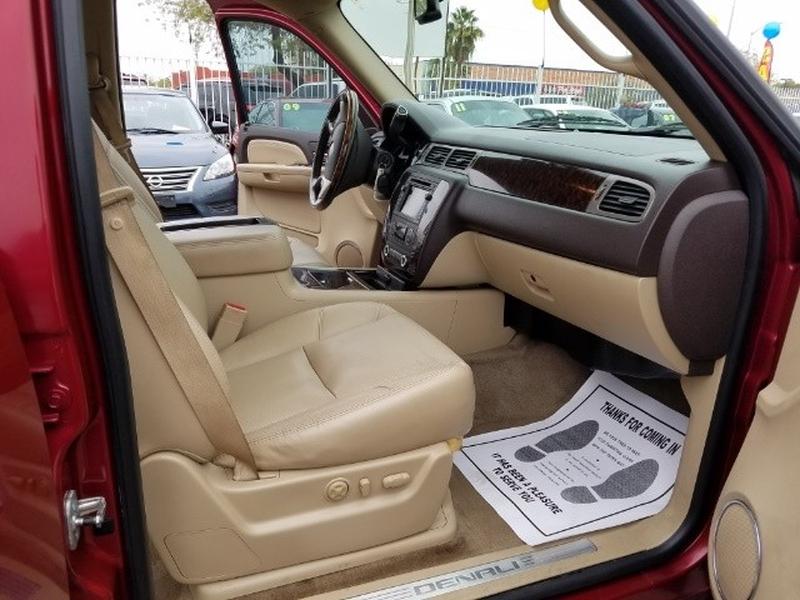 GMC Yukon 2009 price $17,500