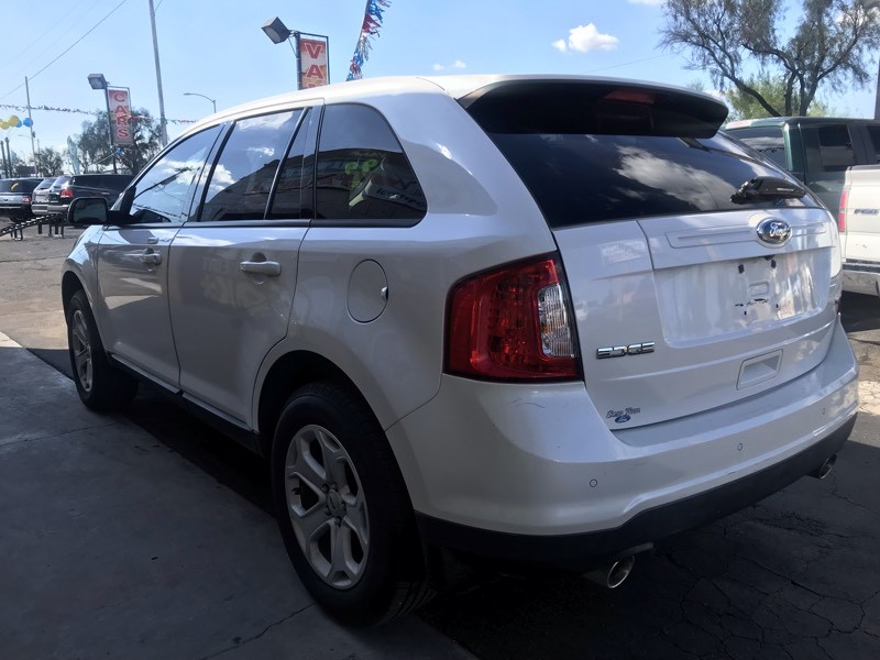 Ford Edge 2013 price $11,530