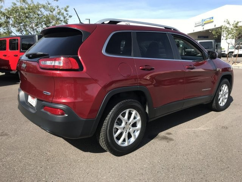 Jeep Cherokee 2017 price $15,000