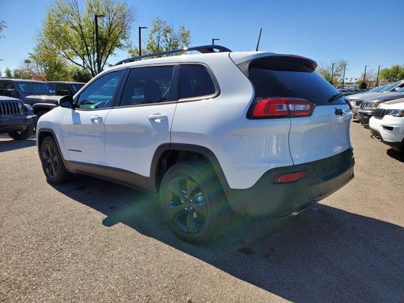 Jeep Cherokee 2018 price $17,500