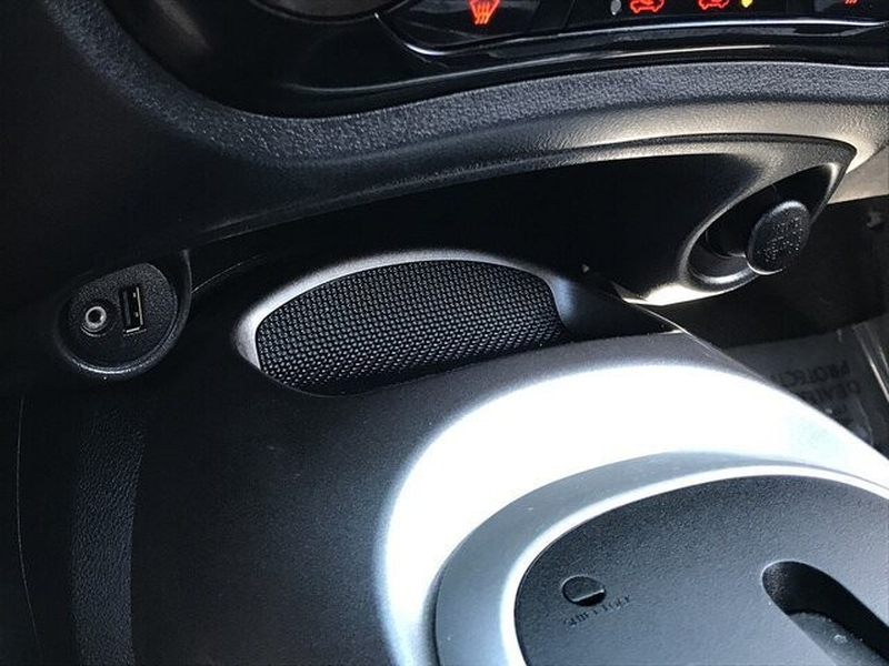 Nissan JUKE 2016 price $11,500