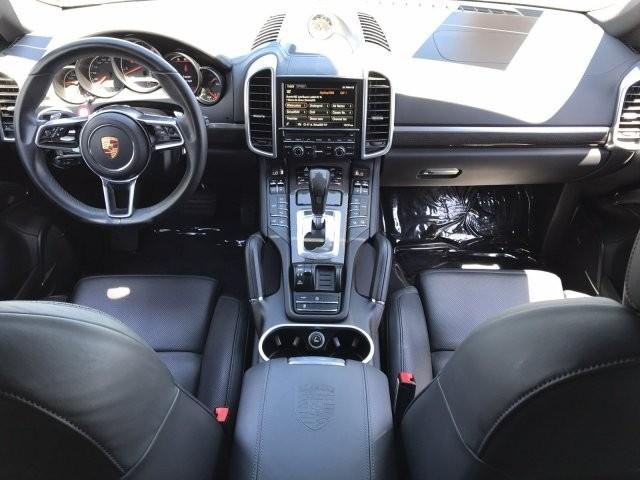 Porsche Cayenne 2016 price $27,250