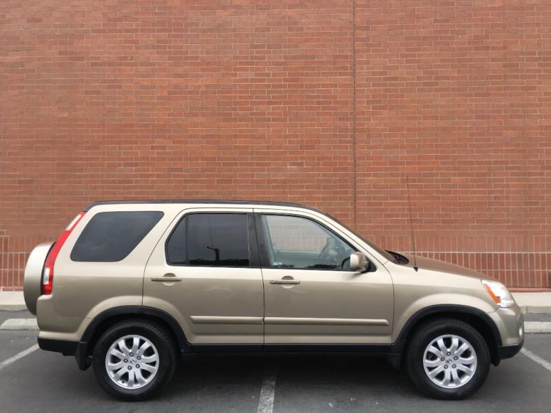 Honda CR-V 2005 price $7,487