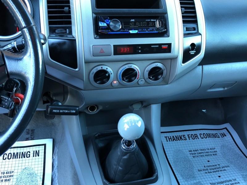 Toyota Tacoma 2006 price $16,987