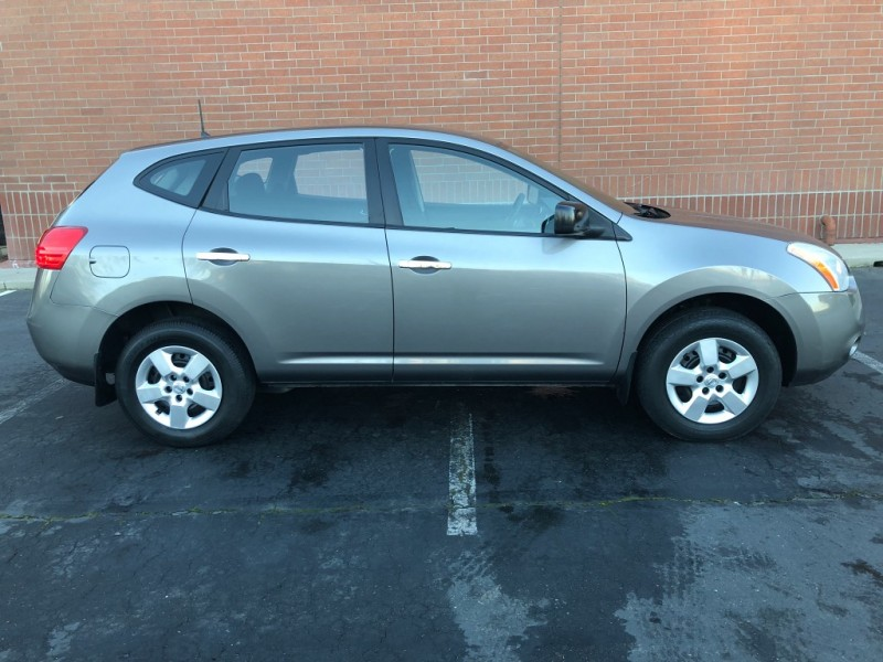 Nissan Rogue 2010 price $7,987