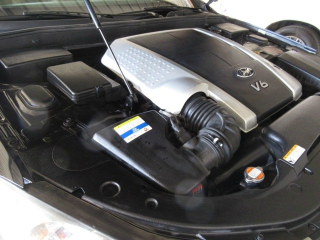 Hyundai Genesis 2011 price $8,495