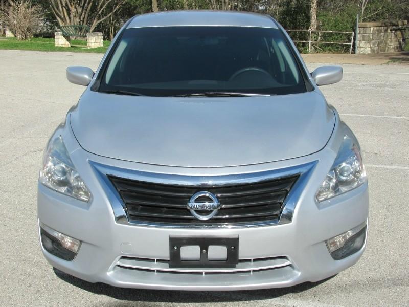 Nissan Altima 2014 price $9,249