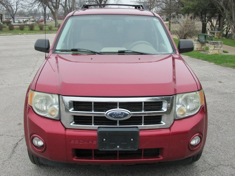 Ford Escape 2008 price $4,995