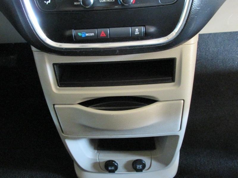 Dodge Grand Caravan 2013 price $8,350