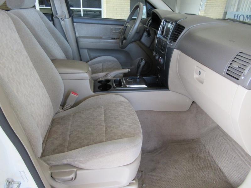 Kia Sorento 2008 price $6,200
