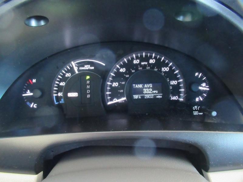 Toyota Camry Hybrid 2009 price $5,995