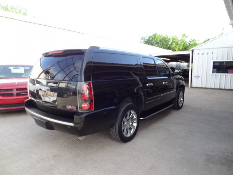 GMC Yukon XL 2012 price $15,495