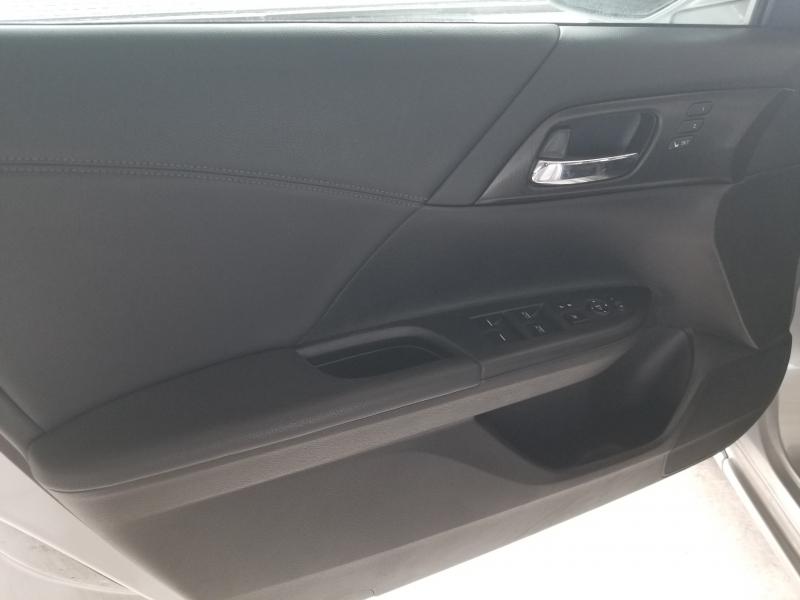 Honda Accord Sedan 2014 price $12,800