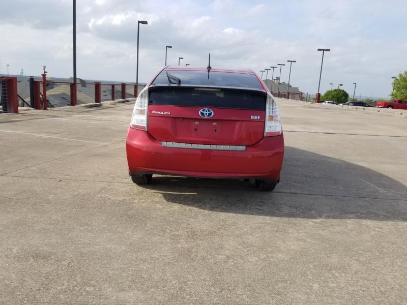 Toyota Prius 2011 price $9,250