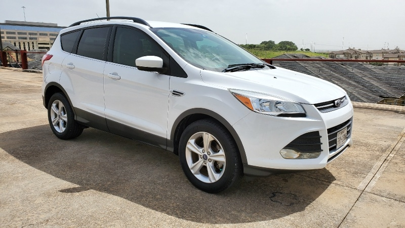 Ford Escape 2015 price $7,950 Cash
