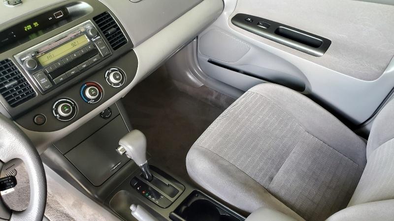 Toyota Camry 2005 price $4,750 Cash