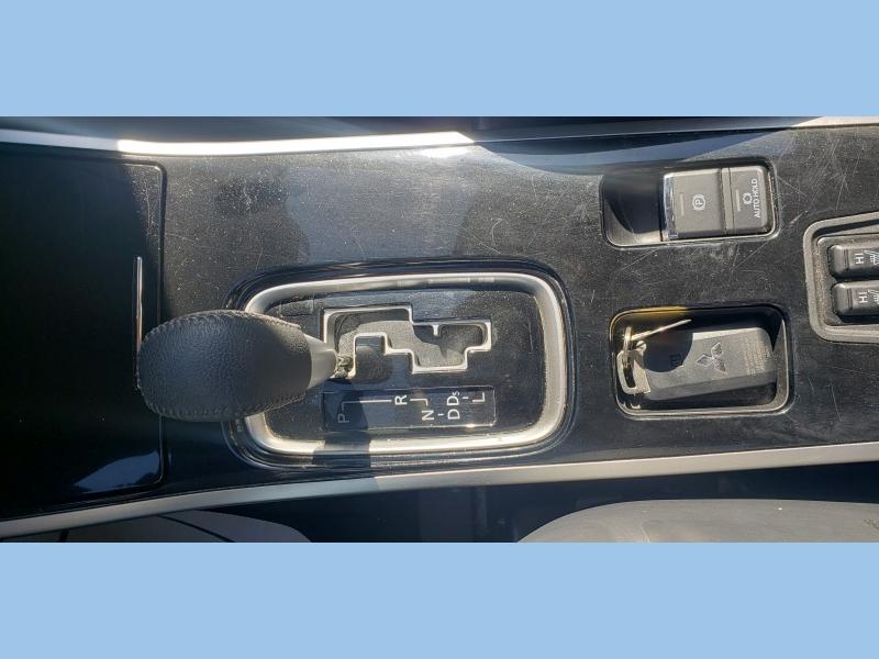 Mitsubishi Outlander 2019 price $16,995