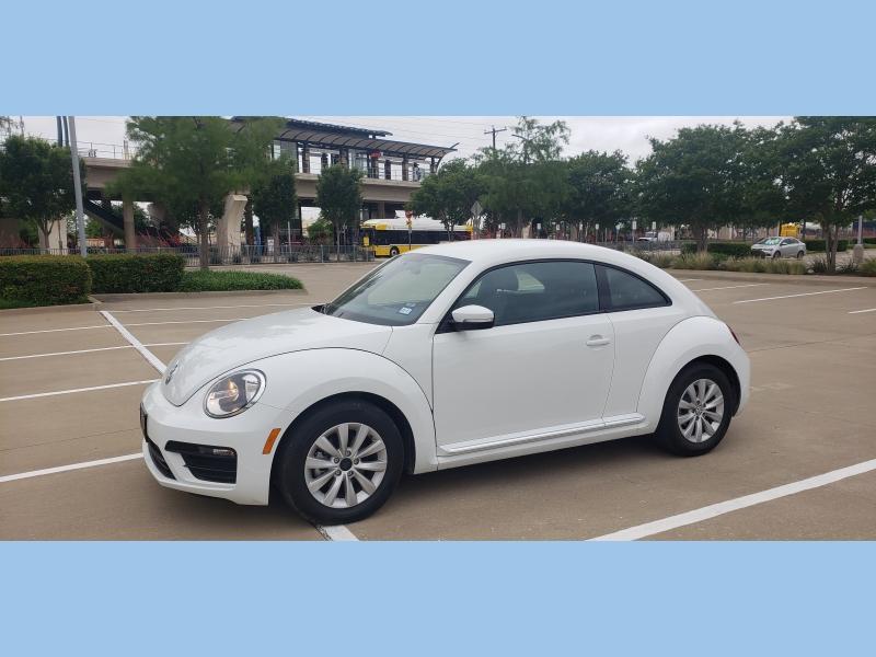 Volkswagen Beetle 2019 price $13,995