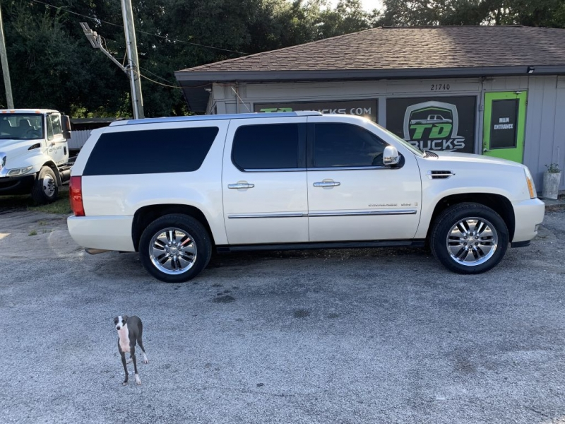Cadillac ESCALADE 2007 price $8,500 Cash