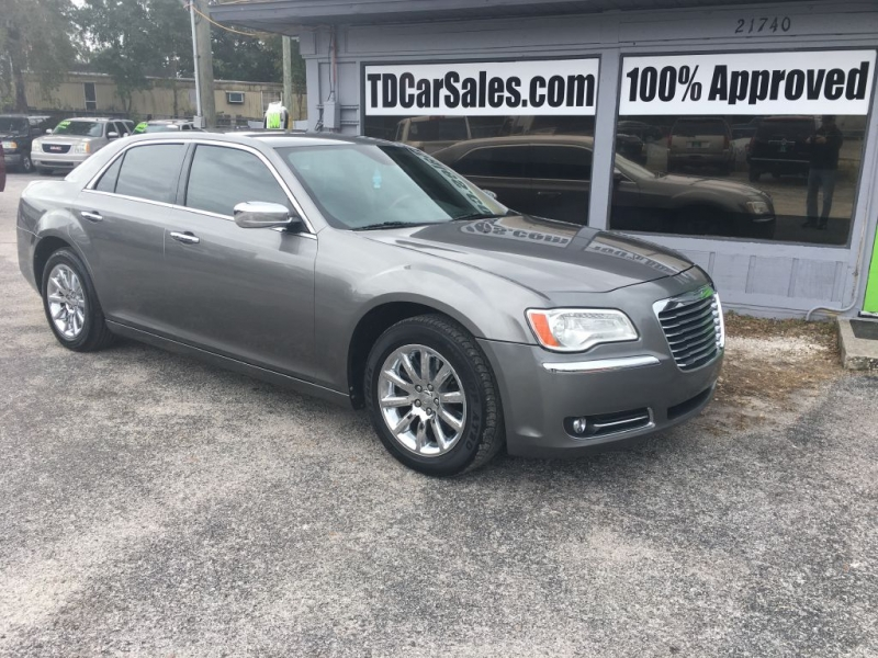 Chrysler 300C 2011 price $9,900 Cash