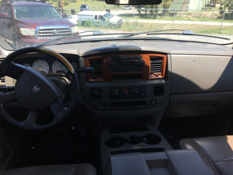 Dodge RAM 3500 2006 price $13,900 Cash