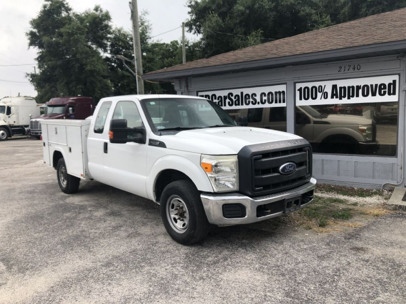 Ford F250 2013 price $10,900 Cash