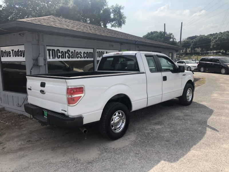 Ford F150 2011 price $9,500 Cash