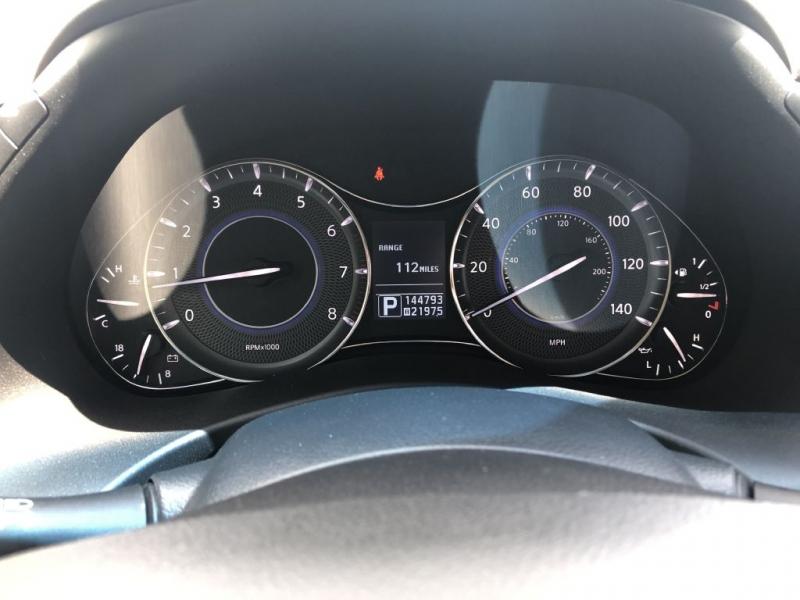 Infiniti QX56 2012 price $17,500 Cash
