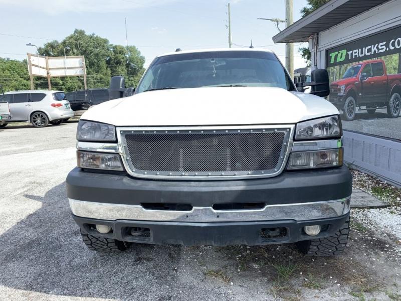 Chevrolet Silverado 2500HD 2005 price $16,995 Cash