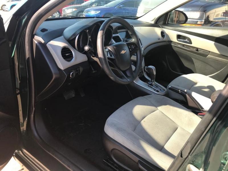 Chevrolet Cruze 2015 price $6,950