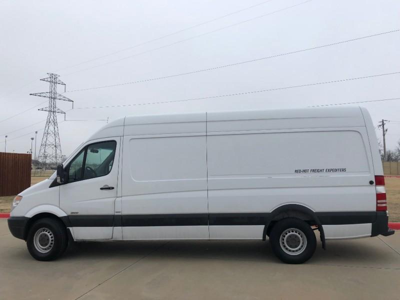 Mercedes-Benz Sprinter Cargo Vans 2013 price 9500