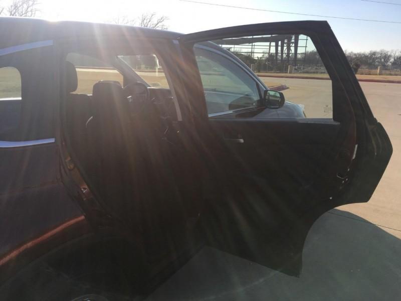 Honda CR-V 2015 price $17,900