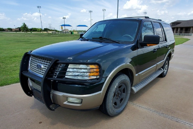Ford Expedition 2003 price $2,950