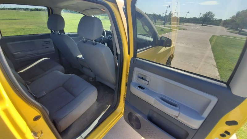 Dodge Dakota 2006 price $4,950
