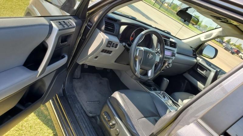 Toyota 4Runner 2010 price $18,950