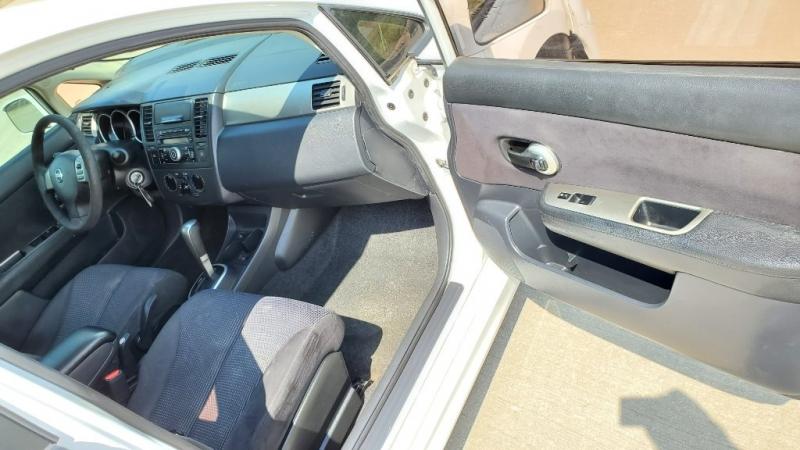 Nissan Versa 2010 price $4,950