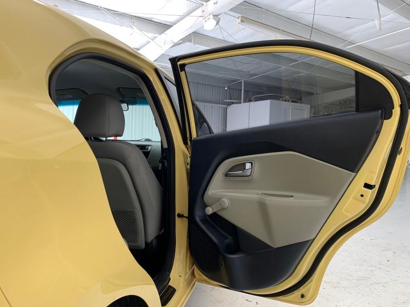 Kia Rio 2016 price $10,500