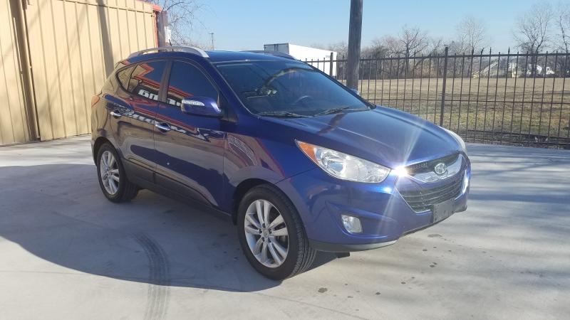 Hyundai Tucson 2010 price $6,950