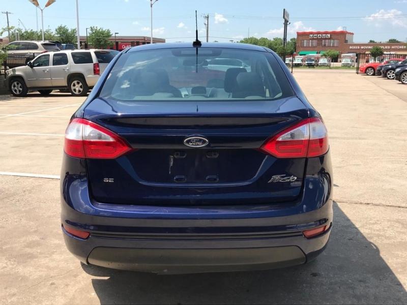 Ford Fiesta 2016 price $9,950
