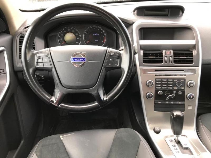 Volvo XC 60 2011 price $7,500