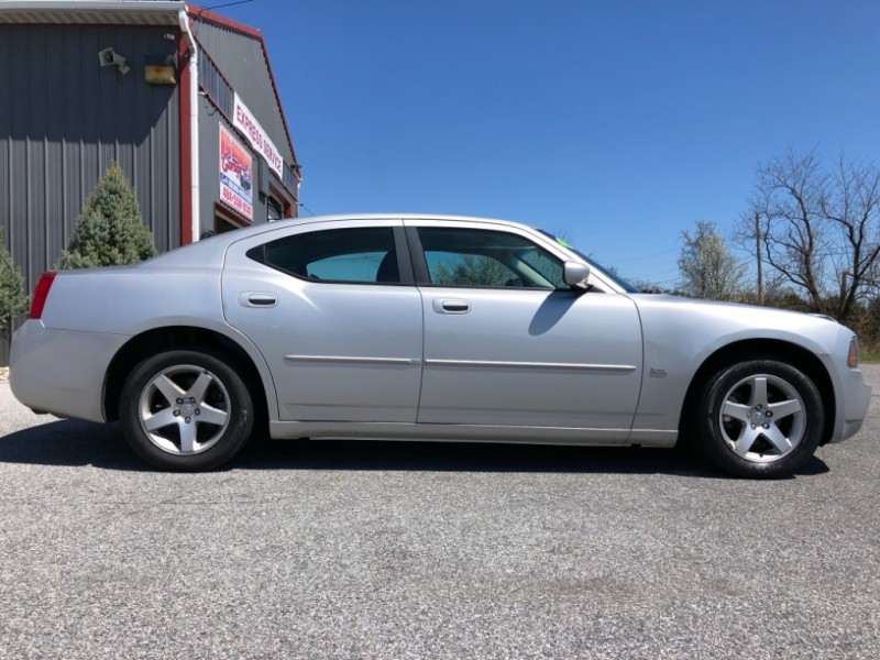 Dodge Charger 2010 price $6,200
