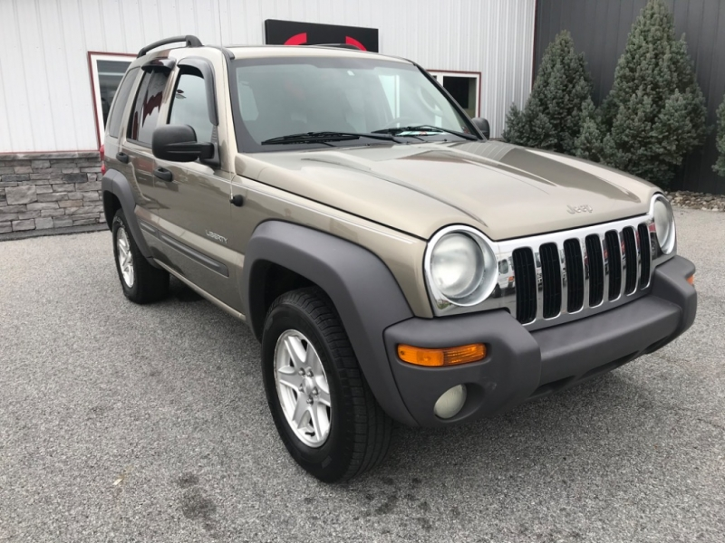 Jeep Liberty 2004 price $4,400